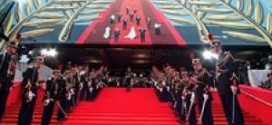 واکنش معاون وزیر ارشاد به رفتار غیراخلاقی لیلا حاتمی+تصاویر